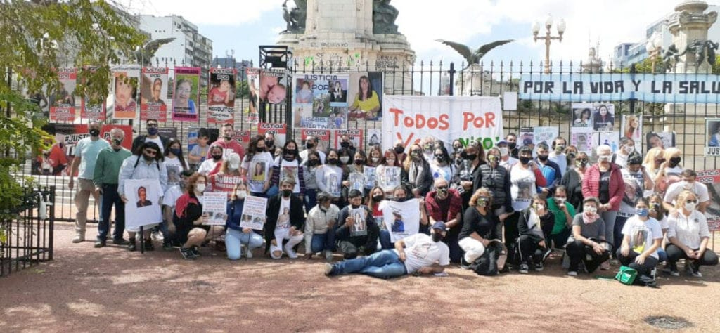 Members of the NGO and self-convened, in favor of the enactment of the Nicolás Law.